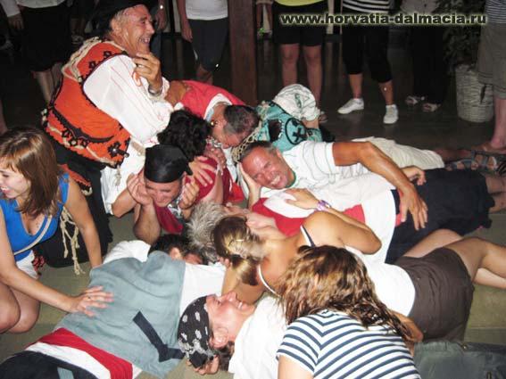 Пиратская вечеринка в Хорватии