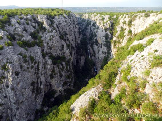 Водопад Губавица на р. Цетине